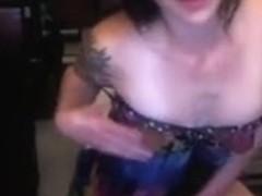 Vibrator pussy fun in webcam