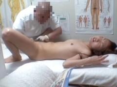 Masseur fingered a petite Asian slut on a hidden camera