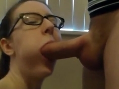 Hot blowjob and handjob from a kinky brunette