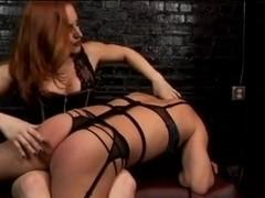 Mastix sissy receives flogging