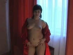 Brunette shows her body & plays with her fat pussy
