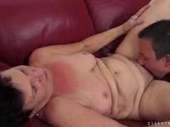 21Sextreme Video: Couch Affair