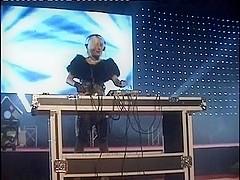 venus2009 05 hally-thomas