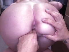 Blonde casting babe Dixie Belle gives head