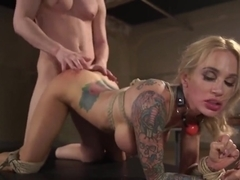 Fixer bangs busty Milf paparazzi in bdsm