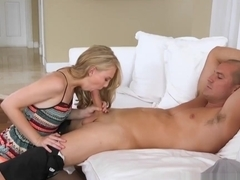 Stepmom teaches Lily Rader how to cockride