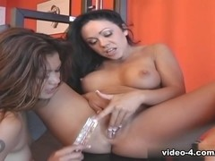 Lesbos-Hd Video: Charmane Star & Cherokee
