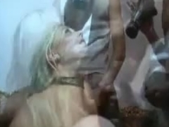 Blonde chick can´t stop moaning in gangbang