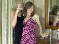 LadiesKissLadies Clip: Nora and Laura C