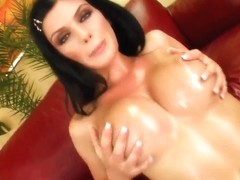 Brunette bitch gets oiled and drilled well