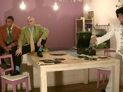 Retro party ends up as group orgy