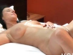 MAMMA Lesbo mother I'd like to fuck's having orgasms