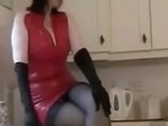 NYLON FEMALE-DOMINANT IN KITCHEN