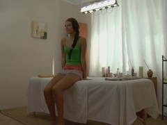 Tanned beauty has sexmassage