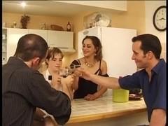 Les servantes full movie - 3 8