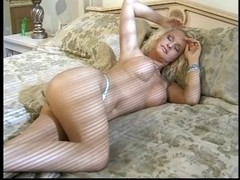 Older golden-haired chick fingers and tastes her moist love tunnel