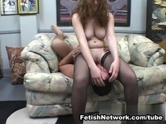 AmateurSmothering Video: Wear my Thighs like Earmuffs
