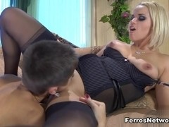 LickNylons Video: Susanna and Mireille