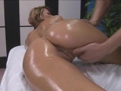 Sensational pussy loving action