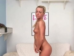 Cybil fingers her tanned pussy for us pervs