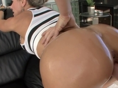 White milf has a huge ass