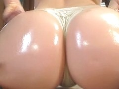 I filmed myself shaking my butt