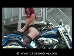 Doll makes love to the bike