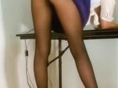 Office girl pantyhose upskirt