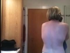Spy my wife - Unaware being filmed