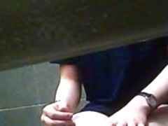 Toilet Spying. Short clip.
