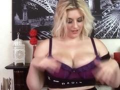 Raphaella Lily Big Boobs & Pussy Play