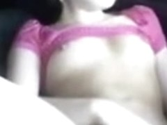 Legal Age Teenager masturbates in her car