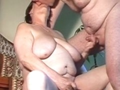 Bulky dilettante wife toys and sucks and receives screwed