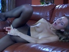 EPantyhoseLand Video: Bessy