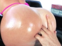 Hardcore anal penetrations by handsome James Deen