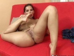 LegAction Video: Eve Angel