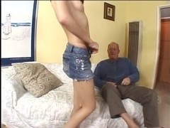 Delightsome brunette hair mother i'd like to fuck likes to engulf mature guy's jock previous to ri.