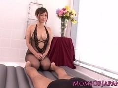 Bodysliding asian masseuse receives creampie