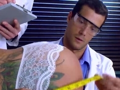 Sexy big titted MILF Ryan Conner getting DP from her doctor