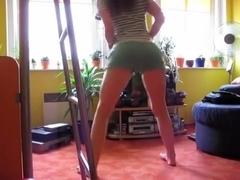 Samira - crazy dance-ass shakin (We Be Burning)