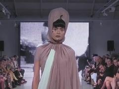 Fashionshow Nude Show HOGG
