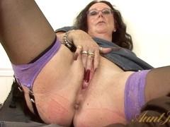 Video from AuntJudys: Zadi