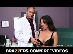 Routine checkup sparks Capri Cavanni being drilled by her doc