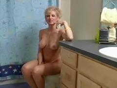 Amateur blondie loves hard action