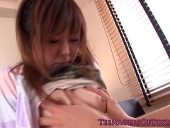 Sixtynining Japanese teen gets cuminmouth