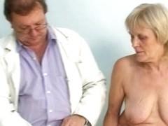 Mature old Brigita getting pussy exam from gyno doctor