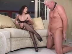 Female-Dominator demands thrall to cum on her heels