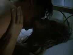 Erika Eleniak,Marilu Henner in Chasers (1994)