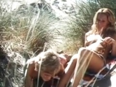 Ingrid Steeger,Various Actresses,Monica Marc,Unknown in Sonne, Sylt Und Kesse Krabbe (1971)
