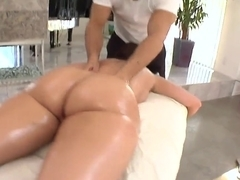 Big ass Kelly Divine gets full body massage